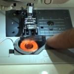 enhebrar canilla maquina coser